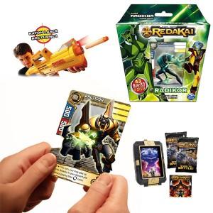 Jouets tendance pour les garçons : Cartes 3D Redakai et pistolets Nerf