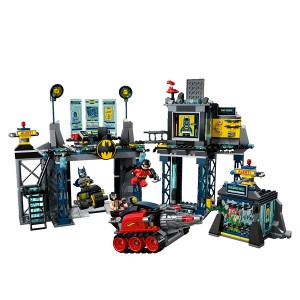 Batcave et Batman Lego