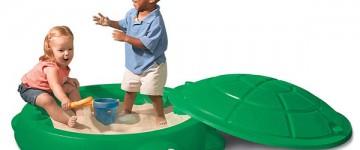 bac à sable avec couvercle